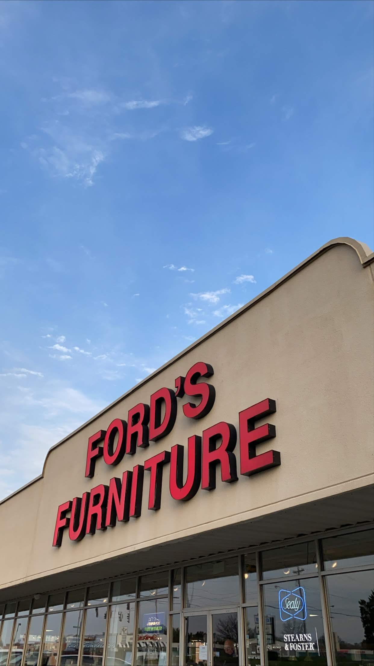 2020 photo of Ford's Furniture